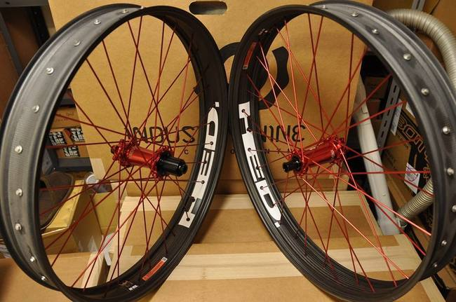yuris fat carbon wheel i9.jpg